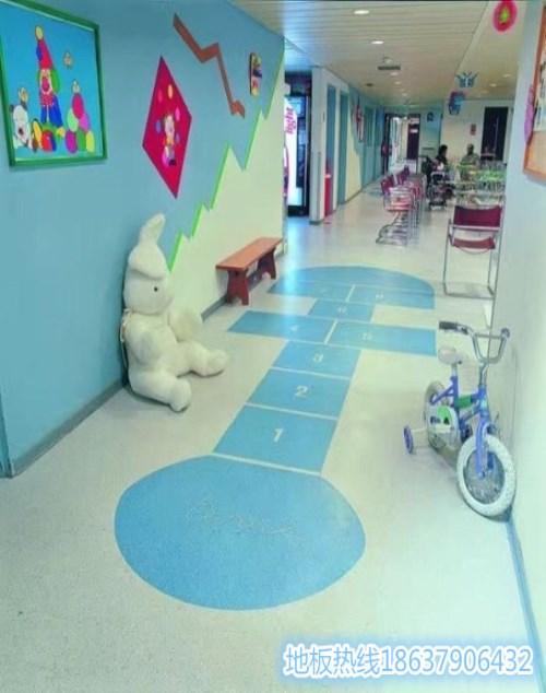 pvc防靜電地板廠家直銷_塑膠地板相關