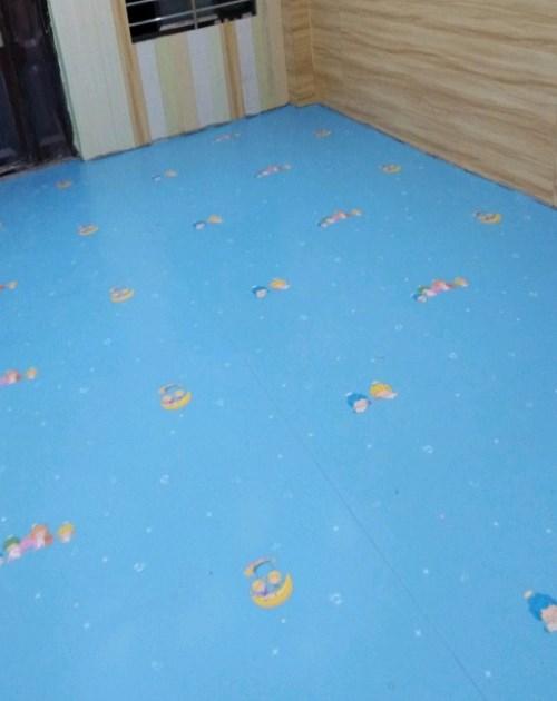 幼儿园地胶_PVC橡胶地板多少钱一平米