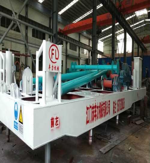 优质液压打桩机桩架供应商_叁叁企业网