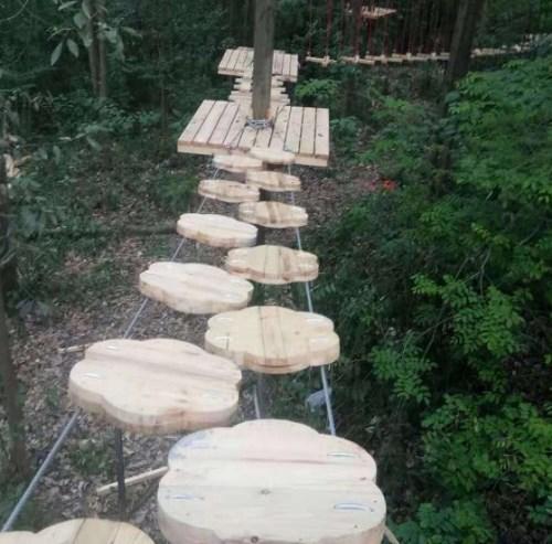 景区吊桥设计_吊桥设计团队相关-河南盛乐游乐设备有限公司