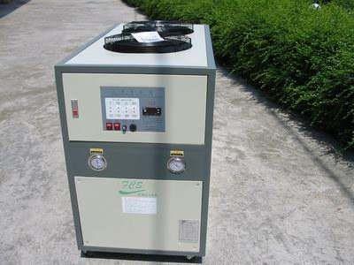 洛阳水循环冷水机厂家_螺杆式换热、制冷空调设备-洛阳鑫雪制冷设备有限公司