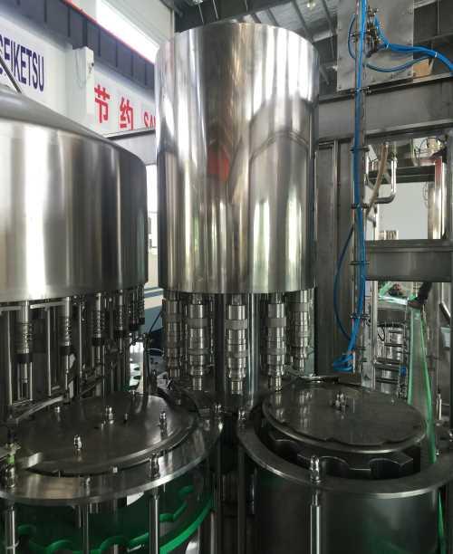 饮料灌装机厂家_果汁饮料灌装机械供应厂家