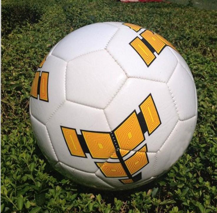 在线足球比分_足球袋相关
