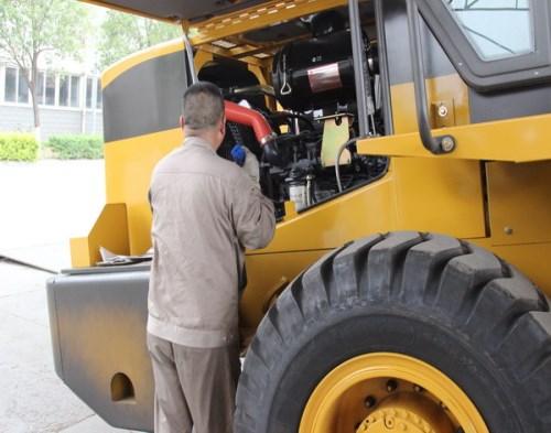 林州铲车_铲车供应商相关-焦作市厦工工程机械职业培训学校