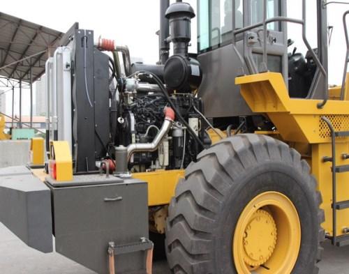 装载机培训价格_06型装载机相关-焦作市厦工工程机械职业培训学校