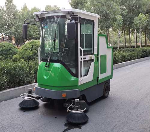 电动扫地车生产厂家_电动驾驶式扫地车相关