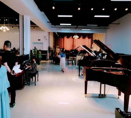 买钢琴_给小孩其他乐器怎么选-亚博体育苹果app下载_亚博体育ios官方下载_亚博足彩app官方下载