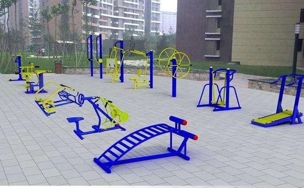 体育器材生产厂家_场地铺设器材相关