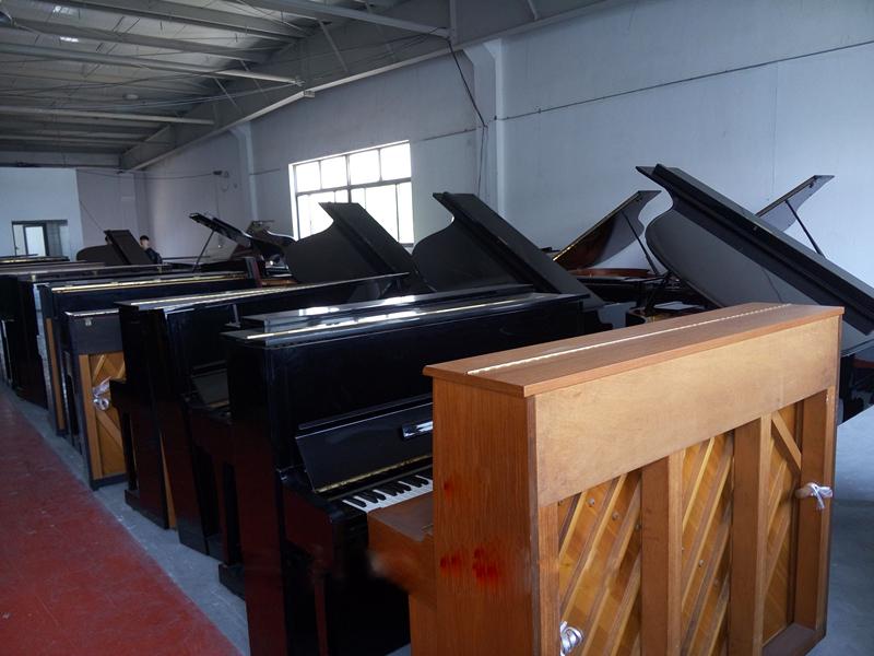 周口大型雅马哈钢琴特价_钢琴专卖店相关-洛阳誉声乐器有限责任公司
