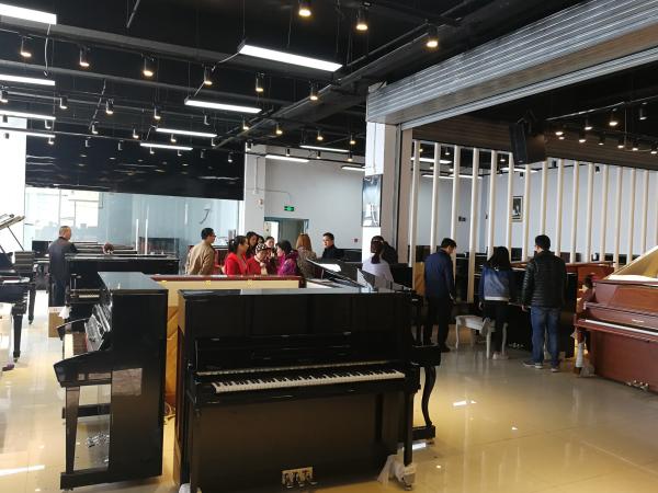 山西珠江立式钢琴去哪里便宜_钢琴 二手 立式相关-河南欧乐乐器有限公司