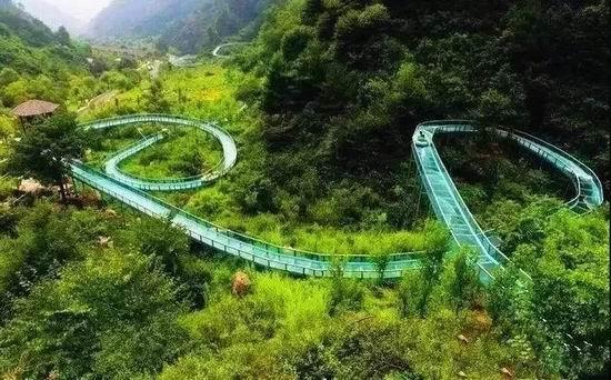 宜昌设计玻璃水滑道施工哪家专业_网红工程施工哪家好-河南亚森旅游开发有限公司