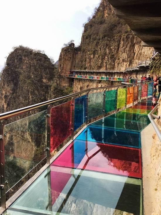 山东承接玻璃吊桥施工工程_木吊桥相关-河南亚森旅游开发有限公司