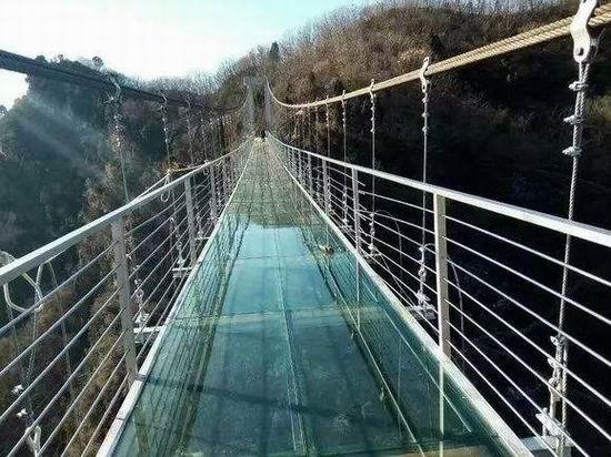 玻璃吊桥施工项目_ 玻璃吊桥项目相关-河南亚森旅游开发有限公司