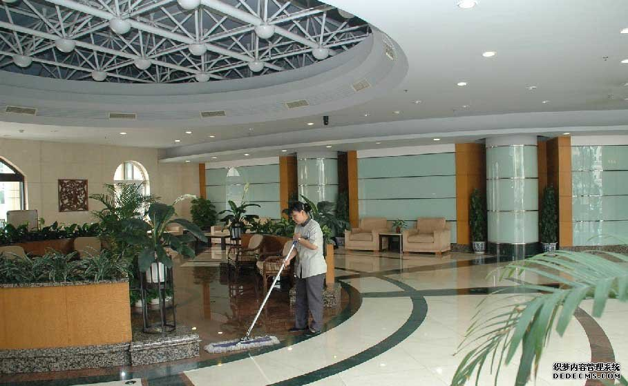 深圳清洁价格_58家政服务公司-深圳市女人帮家政服务有限公司