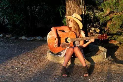 高品质吉他培训班儿童_儿童乐器相关-湖南常德嘎蓝音乐文化传媒有限公司