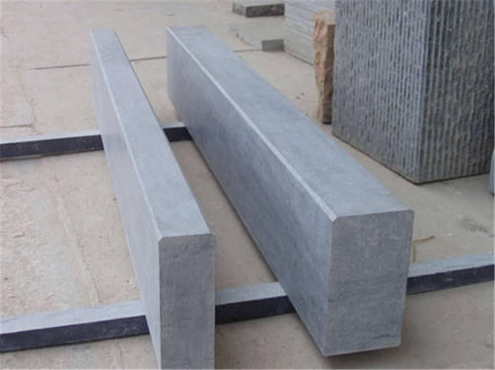 提供路沿石生产厂家_混凝土路沿石相关-成都白驹腾飞建材有限公司