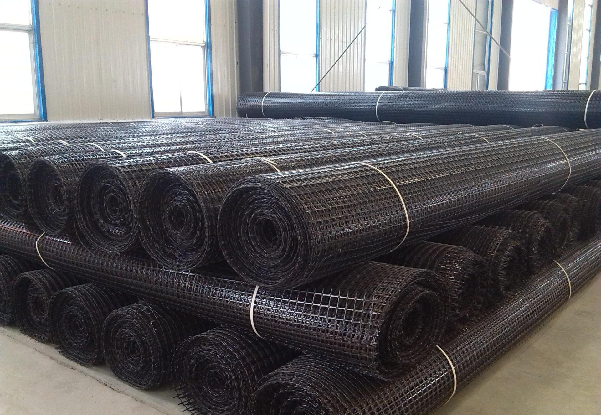 德阳专业的土工材料批发_ 土工材料相关-四川瑞欣公路材料有限责任公司
