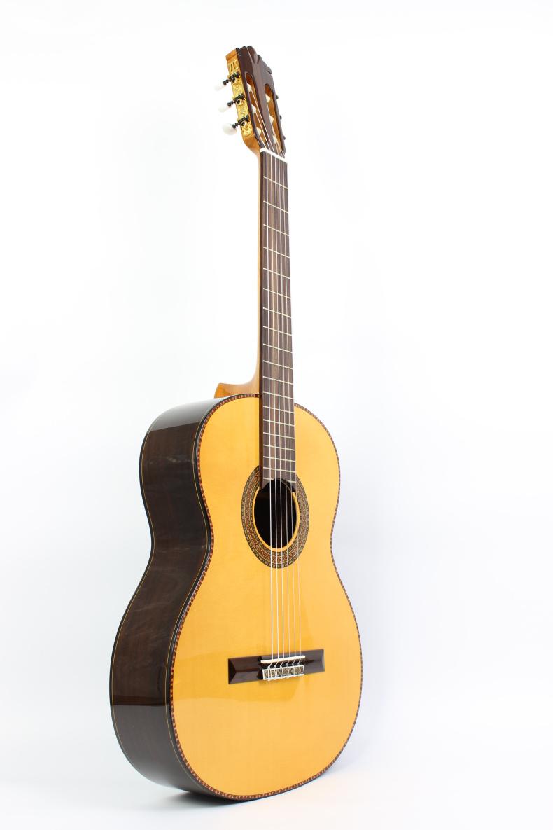 桑托斯吉他