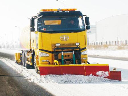 原装扫雪设备价格_进口其他行业专用设备车价格-吉林省北欧重型机械有限公司