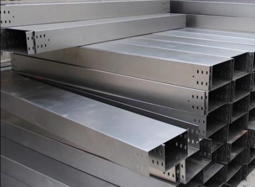 300桥架加工厂_电缆桥架批发相关-长沙亚特电子科技有限公司