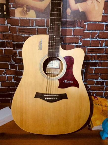 成都手感好的卢森吉他批发价格_手感好的弹拨类乐器-河南欧乐乐器批发有限公司