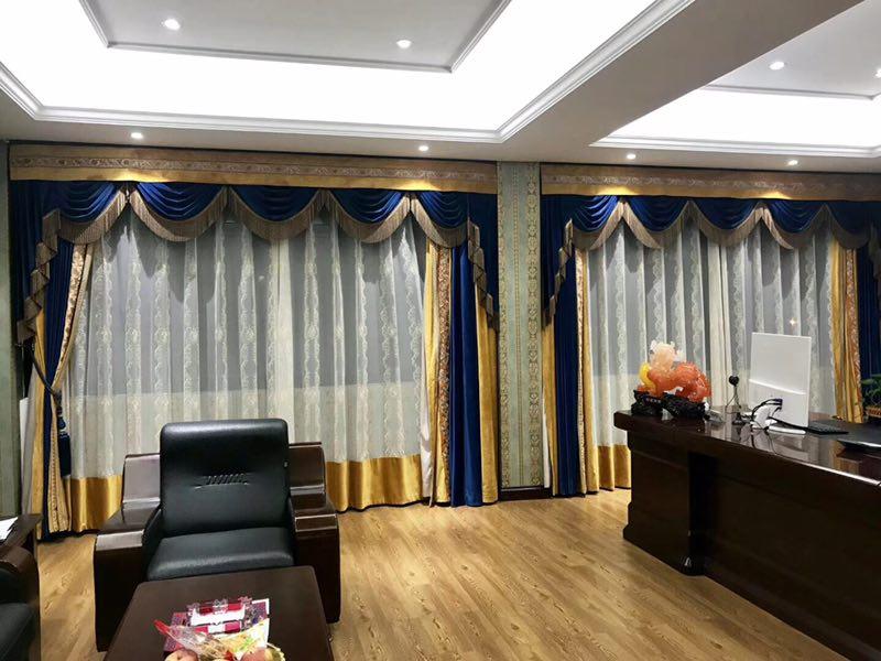 锦江区窗帘哪里有卖_高新区软件园窗帘安装-高新区中和名流布艺店