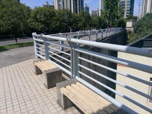河北桥梁市政护栏报价_防护栏相关-河南启赞交通设施工程有限公司