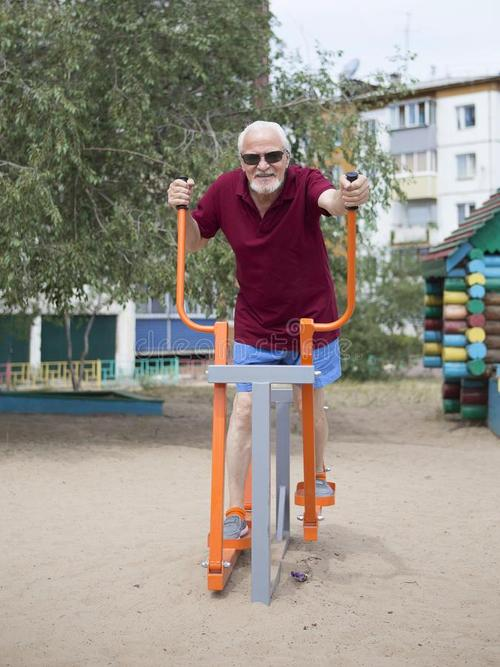中老年健身器材哪家质量好_知名户外运动服装-湖南运健达健身器材有限公司