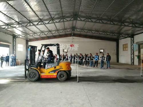 挖机学校在哪里_职业培训-金华市万隆工程机械技能培训部