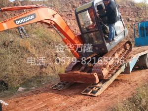 挖土机培训中心网址_培训机构相关-金华市万隆工程机械技能培训部