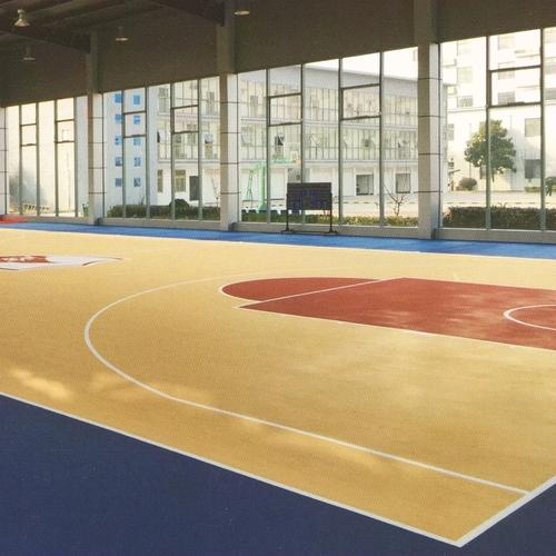 篮球馆实木地板价格_正宗实木地板费用-湖南德冠木业有限公司