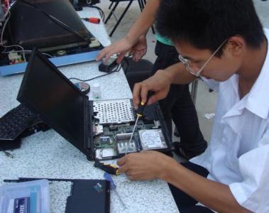 笔记本电脑维修上门找哪家_原装电脑维修、安装-长沙比比熊科技有限公司