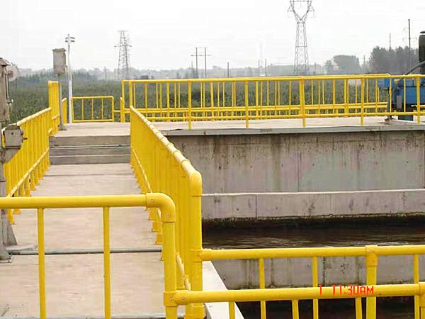 新型玻璃钢化工围栏哪家好_专业隔离栅、栏、网销售-新乡市祥泰复合材料有限公司