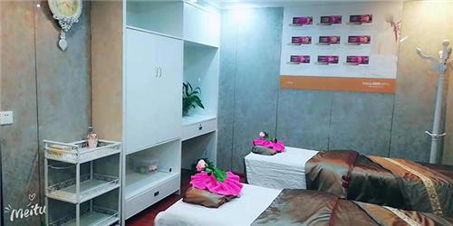 我们推荐南京亲子游泳馆加盟_ 亲子游泳馆加盟费用相关-湖南巴布母婴信息科技有限公司