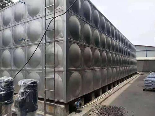 生产不锈钢水箱销售_不锈钢热水箱相关-长沙全泽和供水设备有限公司