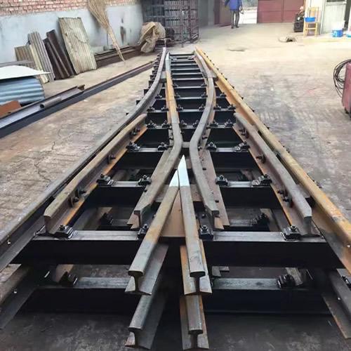 哪里有道岔生產商_專業軌道交通設備器材價格-濟寧圣澤礦業設備有限公司