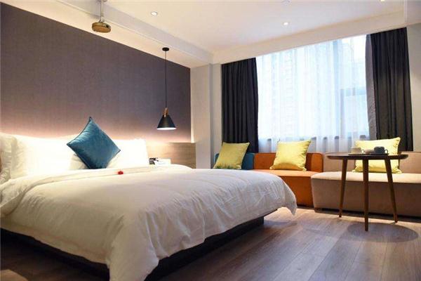 公寓式酒店加盟要多少钱_公寓式餐饮娱乐加盟1年-长沙市米漾米居酒店管理有限公司