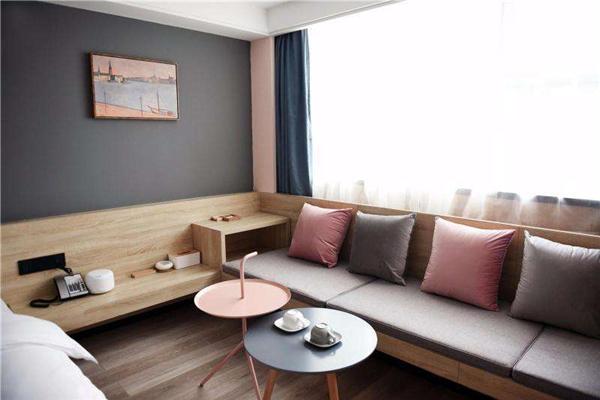 公寓式酒店加盟多少钱_快捷餐饮娱乐加盟-长沙市米漾米居酒店管理有限公司