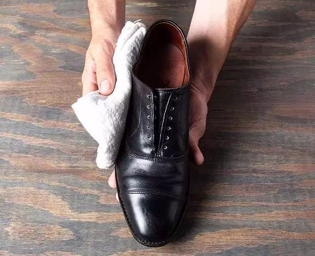 长沙鞋类护理哪里专业_专业价格-长沙意法家皮具护理有限公司
