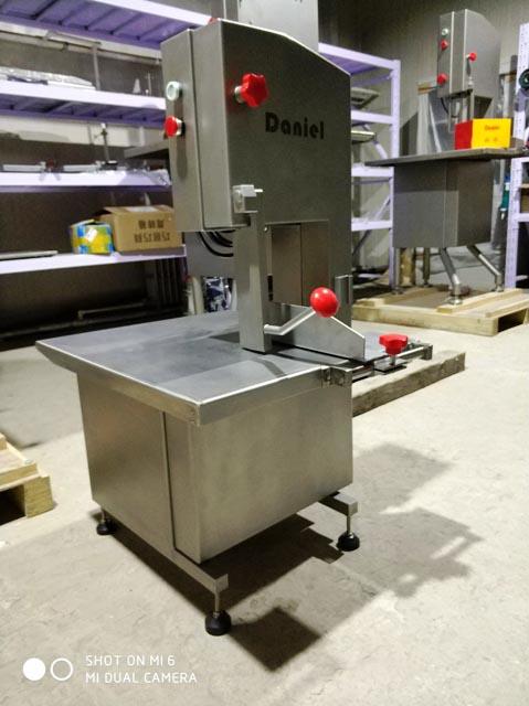 哪里有易清洁锯骨机销售_进口屠宰及肉类初加工设备采购-丹牛(北京)机械科技有限公司