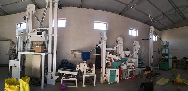 高效小米加工机械设备哪家便宜_高效节能粮食加工设备价格-滑县民泰粮油机械销售有限公司