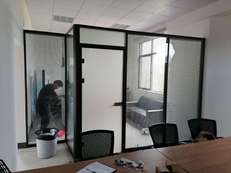 长沙高隔间隔断_浴室玻璃隔断相关-长沙泰镁装饰建材有限公司