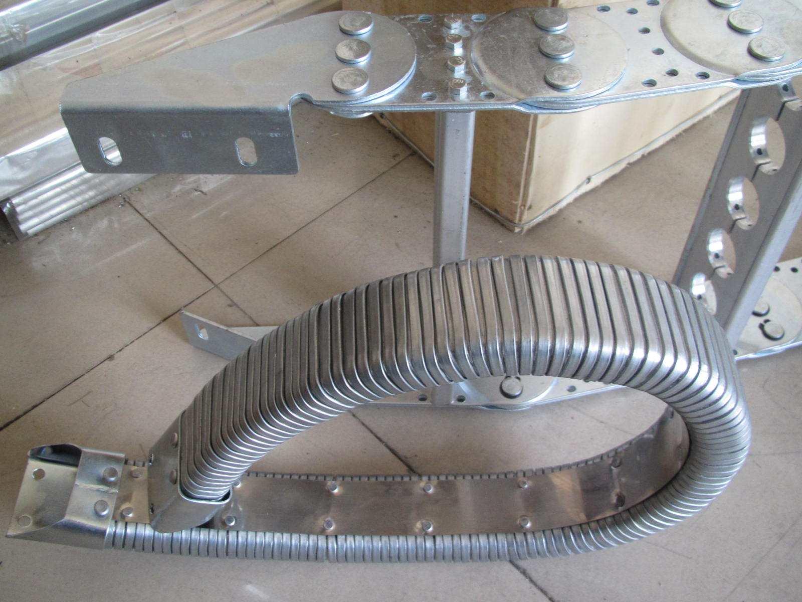 钢制拖链价格_机床工程钢制拖链相关-无锡美信数控机床附件制造有限公司