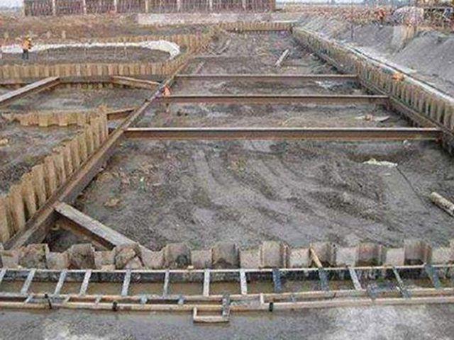 钢板桩租赁电话_郴州桩工机械厂家-湖南福焱机械设备有限公司