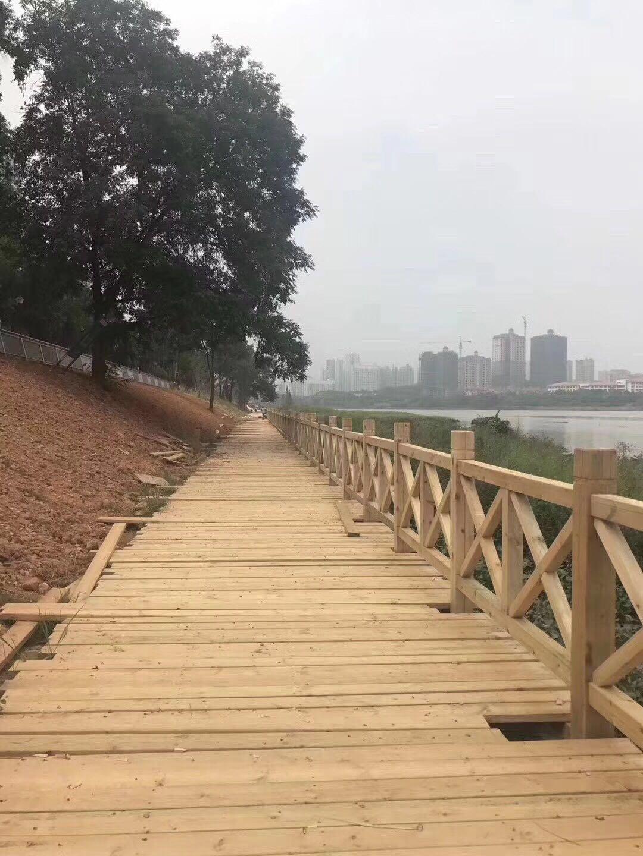 万州长廊_达州原木-重庆桓瑞木制品有限公司