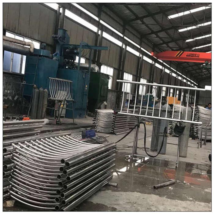 黑龍江提供橋梁護欄欄桿批發_護欄相關-山東遠征金屬材料有限公司