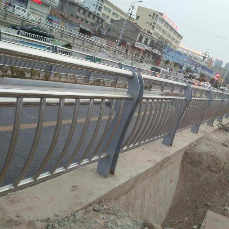 陕西知名桥梁护栏厂家推荐_知名防撞设施厂家直销-山东远征金属材料有限公司