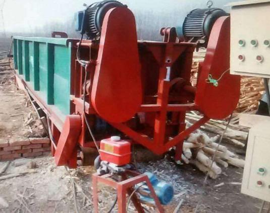 威海正宗木材剥皮机商家_木材削片机相关-邹平兴泰机械制造有限公司