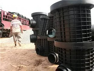 莱芜排水检查井喷涂修复_专业机械及行业设备-山东戴诺维管道工程有限公司