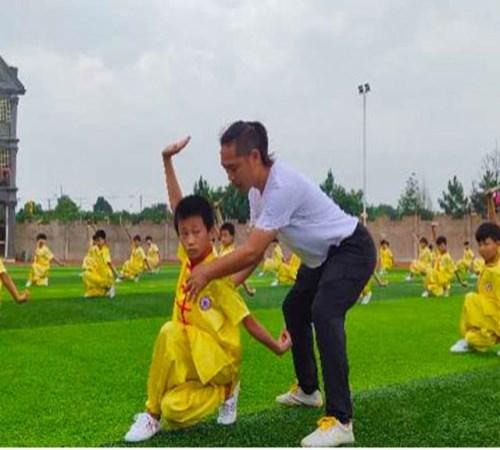 少年武校哪家好_文武学校招生相关-衡南县彭飞文化武术学校